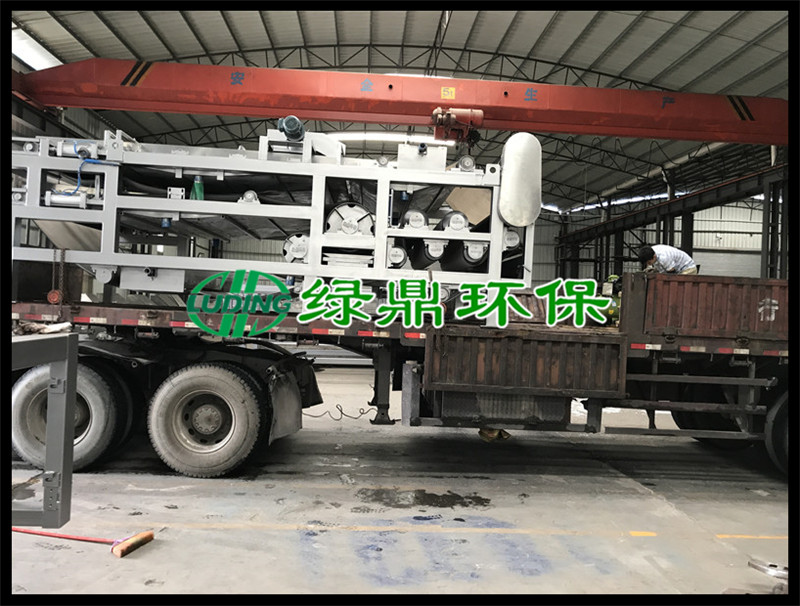 标准带式压滤机发货广西印染厂现场 2